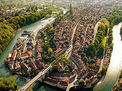 川に囲まれたベルン旧市街
