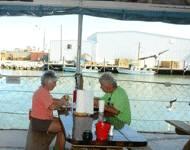 海辺のレストランでお食事
