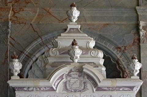 シャンボール城の暖炉の装飾