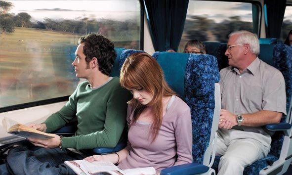 シドニーのセントラル駅から列車で約3時間の旅です