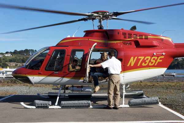 ヘリコプター搭乗
