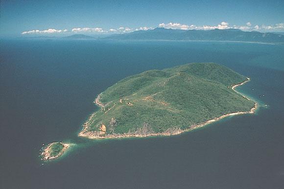 空からのフィッツロイ島の眺め