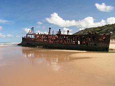 マヘノの沈船はフレーザー島で一番有名なアイコン