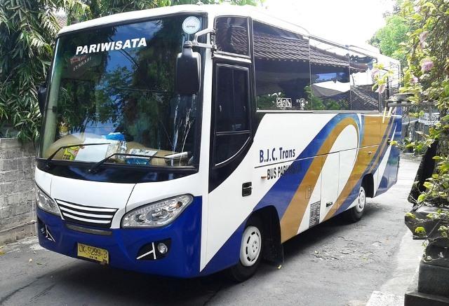 28名様乗り大型バス