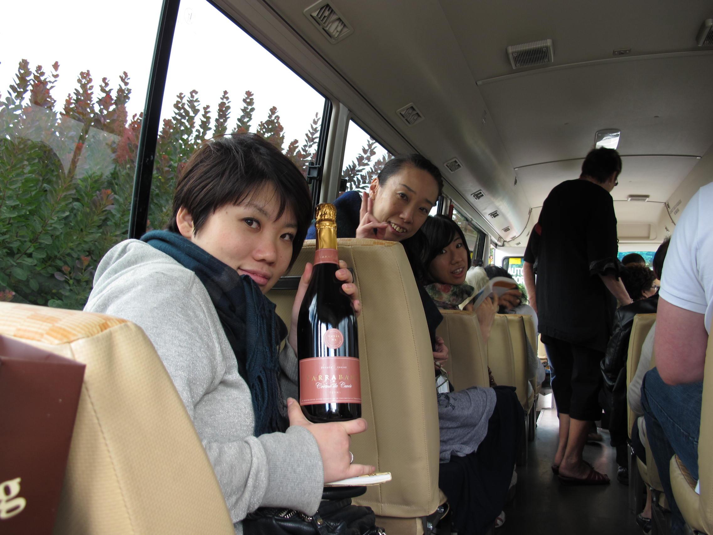 テイスティングでお気に入りのワインをゲットしよう!