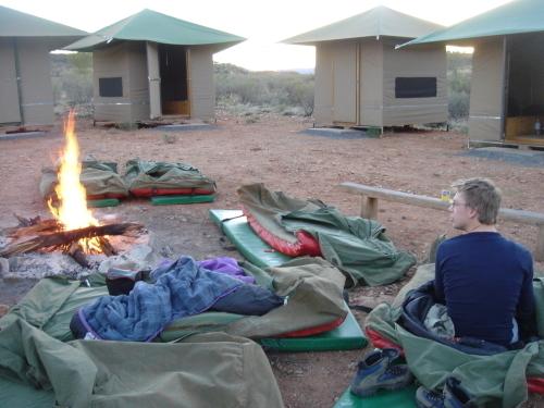 スワッグでのブッシュキャンプは、こんな感じです!