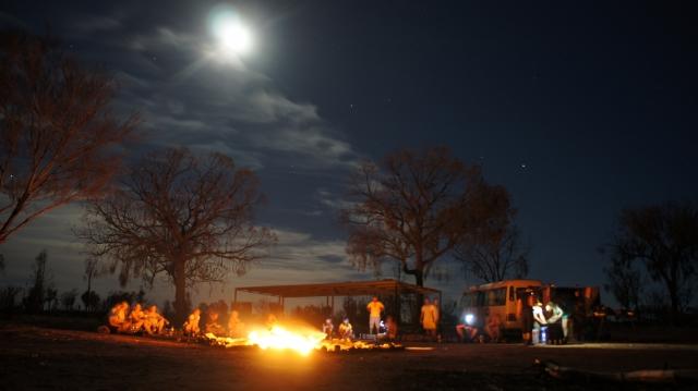 カーティン・スプリングスにてブッシュ・キャンプです