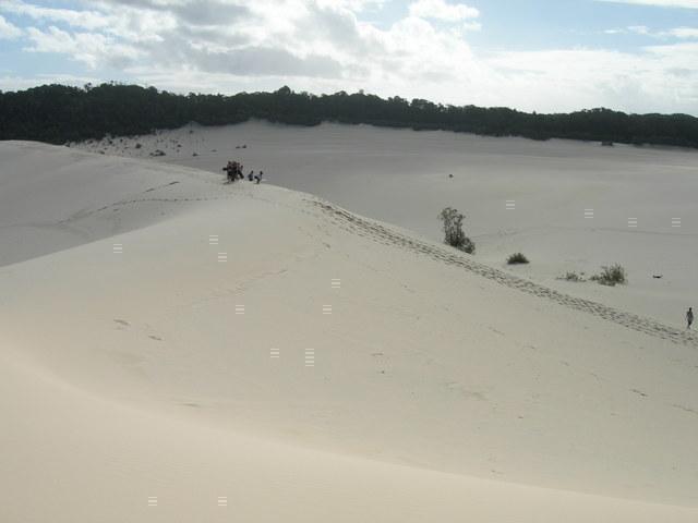 ひろーい砂漠での砂すべり