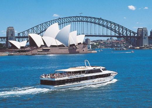 世界三大美港のシドニー湾を堪能!