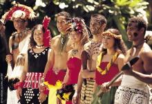 ポリネシアの文化に触れる