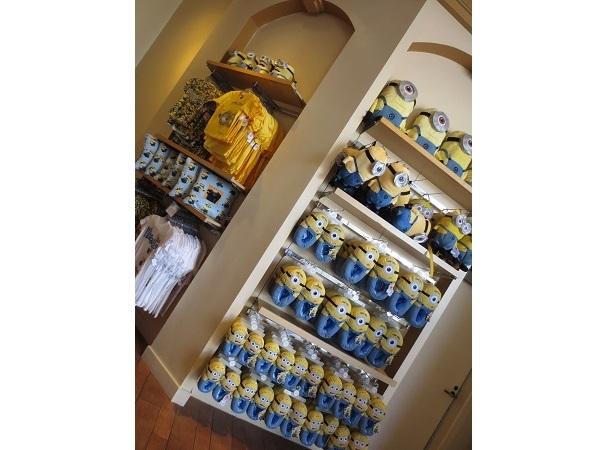お店の中は、黄色1色!!!