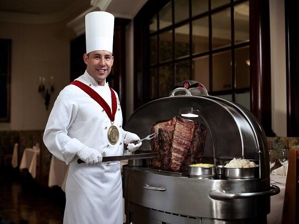 こんな大きなお肉、見たこと無い