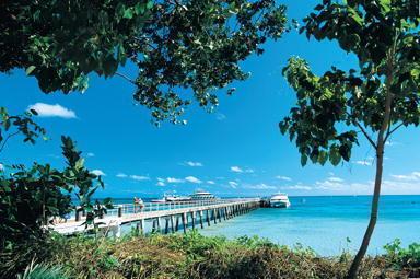 グリーン島桟橋周辺の風景