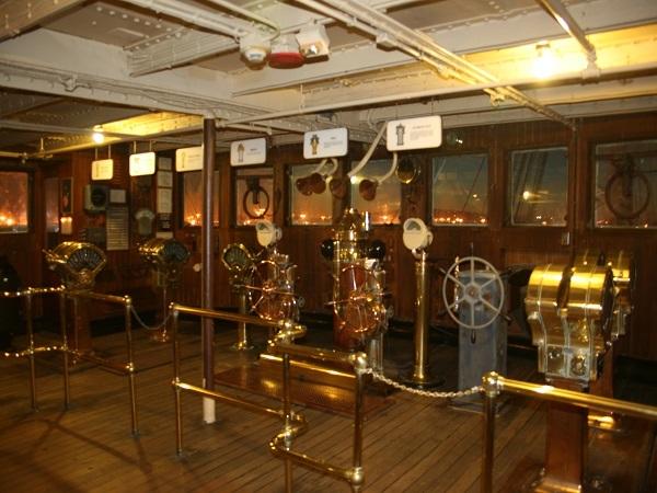 昔はGPSが無いので、航海も大変だったようです