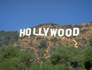 お馴染みハリウッドサイン