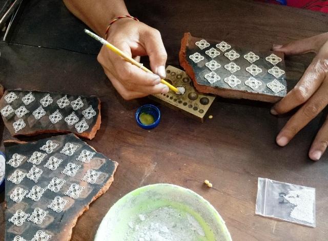 チュルク村の銀細工