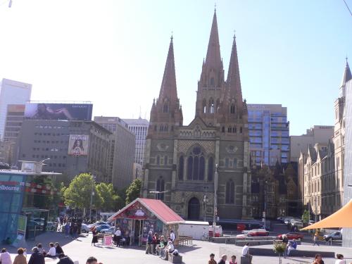 市内には歴史ある教会が数多くあります