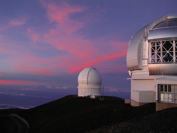 世界の望遠鏡が集結