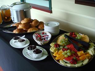 朝食のバッフェ(一例)