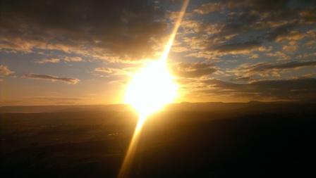 気球の上から日の出を眺める!贅沢です!