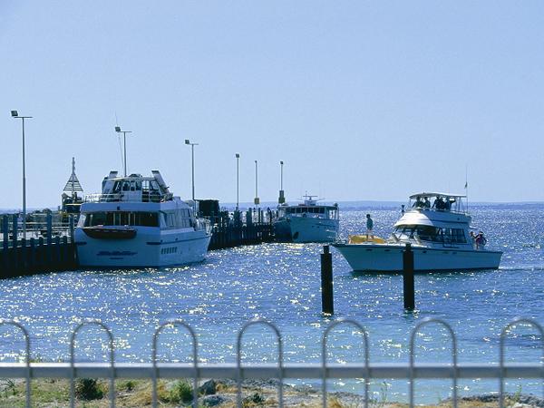 ロットネスト島の桟橋
