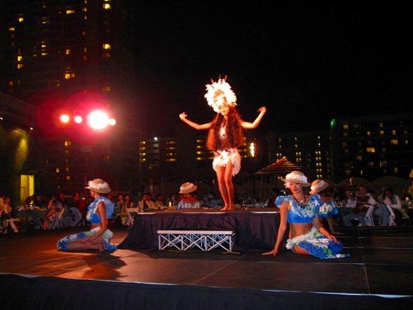 タヒチの伝統的な踊り