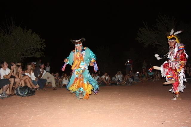 ナバホ族によるダンス