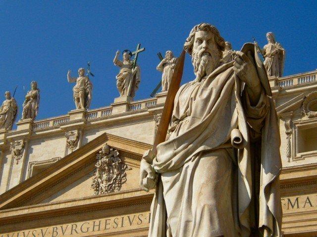 サンピエトロ寺院と彫刻