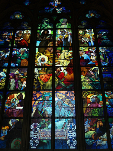 サンピエトロ寺院のステンドグラス
