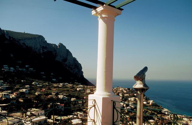 カプリ島の展望台からの景色