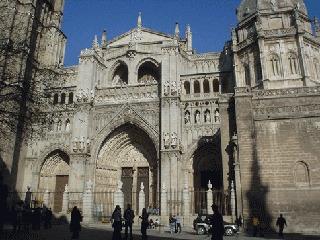 1493年に完成された大聖堂