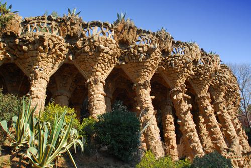 グエル公園外部の柱