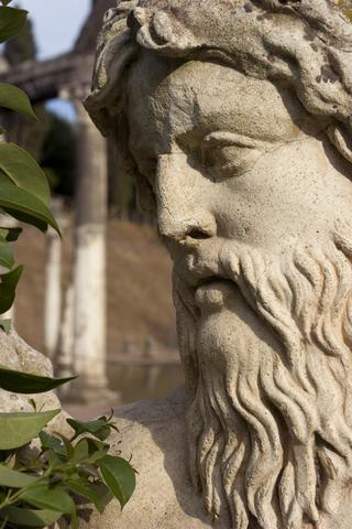 ヴィラ・アドリアーナの彫刻