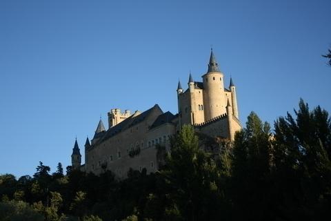 13世紀初めに築かれ、以後増改築が繰り返されるアルカサル