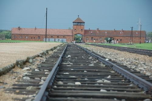 ビルケナウ強制収容所の鉄道引込み線