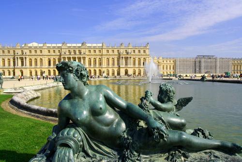 ベルサイユ宮殿と庭園の彫刻