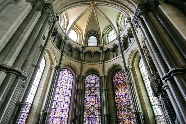 カンタベリー大聖堂内部
