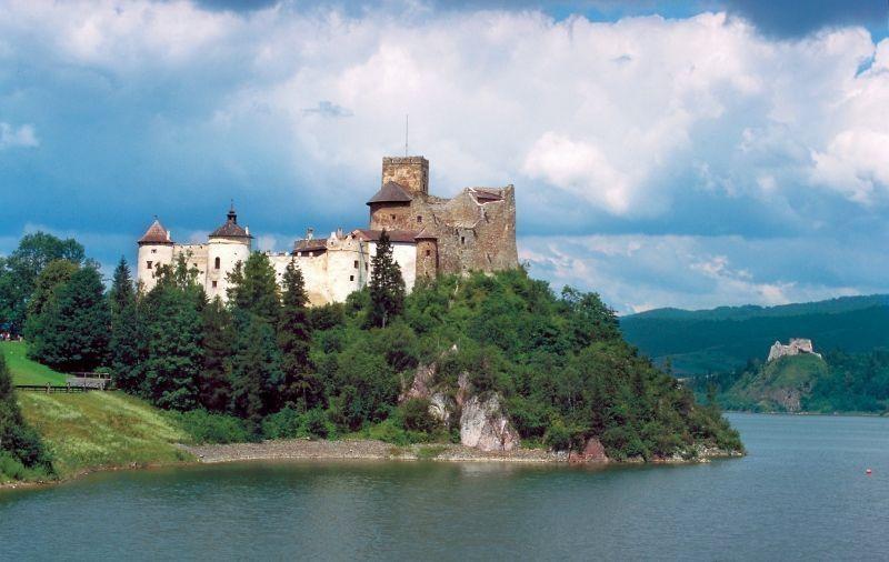 ニエジツァ城