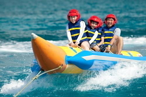 定番人気のバナナボート