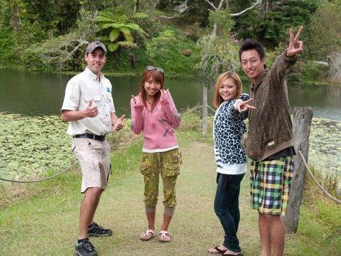 カモノハシを見つけて大満足の参加者たち!
